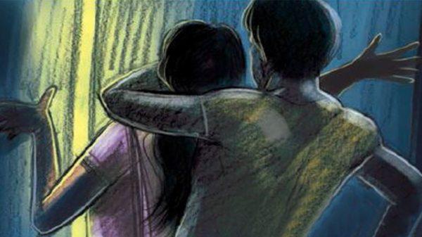 স্ত্রীকে বাজারে পাঠিয়ে রাস্তা হারানো বুদ্ধিপ্রতিবন্ধী কিশোরীকে ধর্ষণ