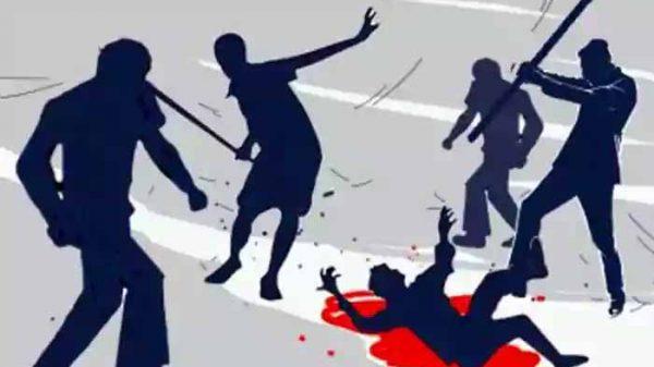 ঢাবিতে ছাত্রদের মিছিলে হামলায় দুই সাংবাদিকসহ আহত ৩২