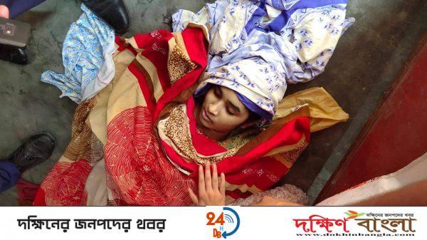 পুঠিয়ায় গলায় ওড়নার ফাঁস দিয়ে স্কুল ছাত্রীর আত্মহত্যা